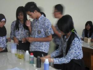 Praktik Biologi_Microba (12)